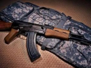 عصابة مسلحة تسرق 40 متجرا في عدل بكرو (تفاصيل)
